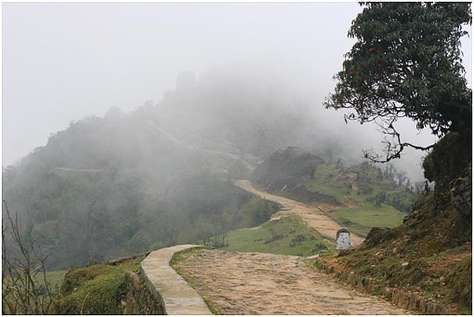 Dans la brume népalaise…