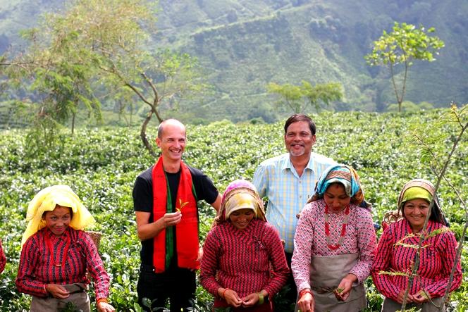 Visite de la plantation de Balasun en compagnie de son manager Anil Jha.