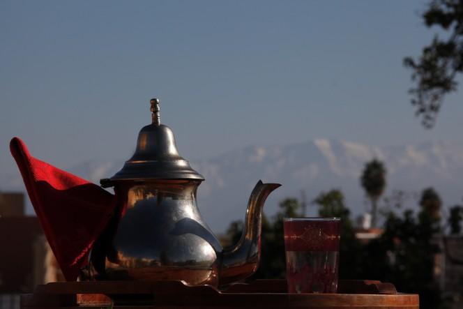 Siroter un thé brûlant, un vrai bonheur d'hiver