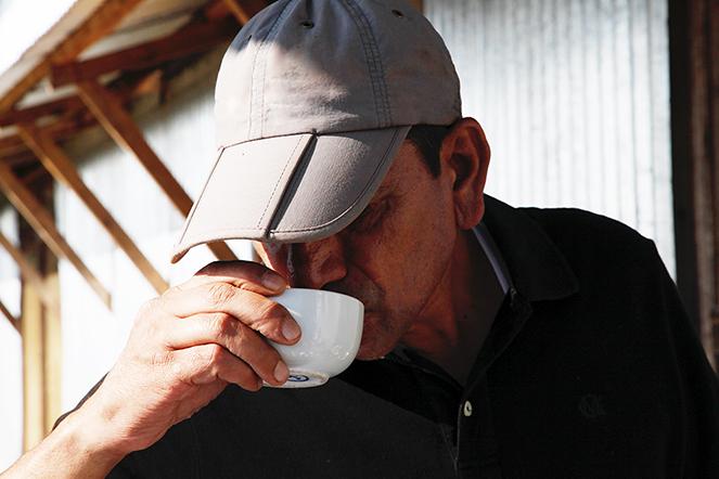 Andrew Gardner : un passionné qui œuvre pour les thés du Népal